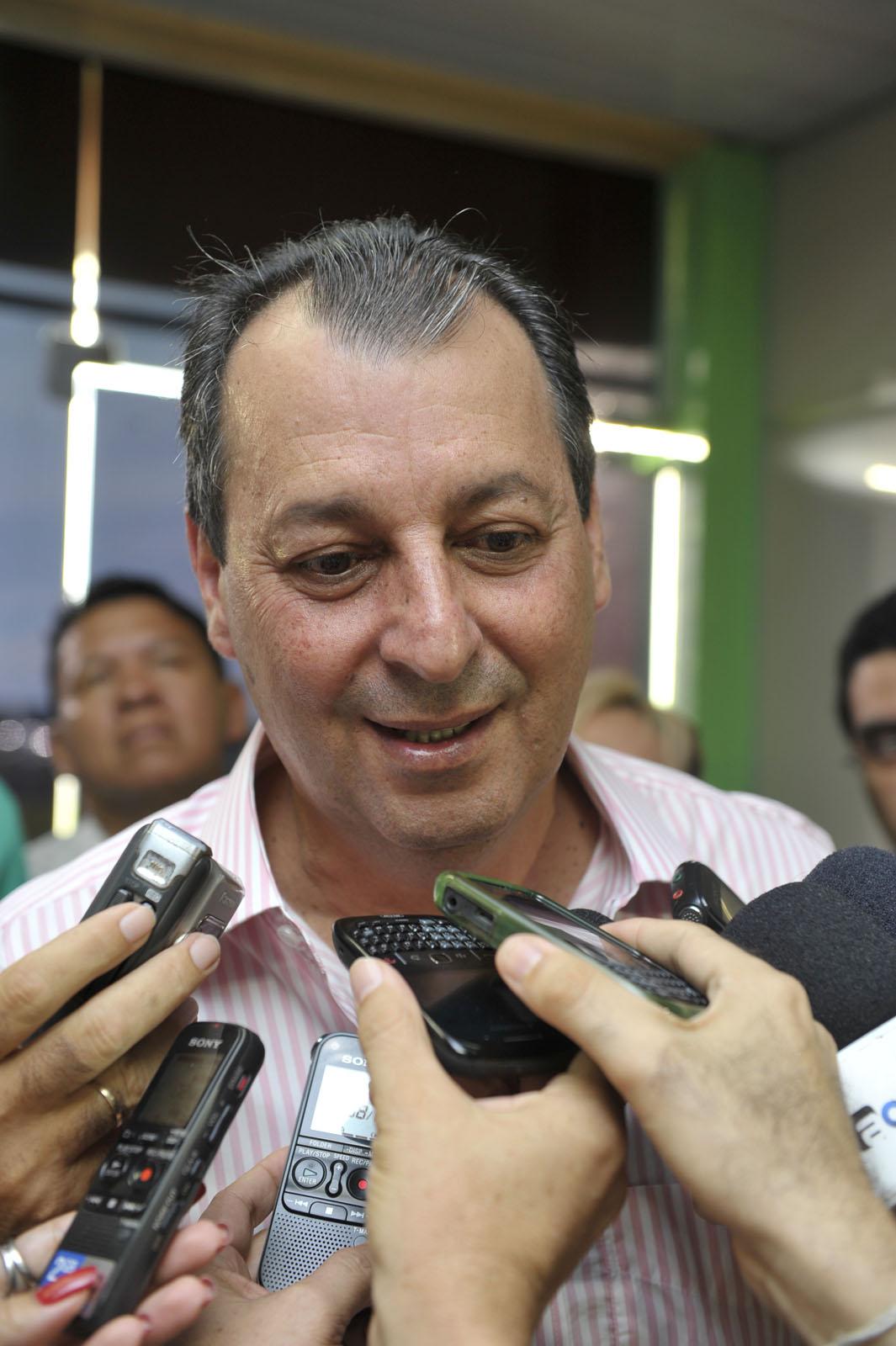 Governador Omar Aziz apresenta projeto do novo Bumbódromo de  #496439 1065 1600
